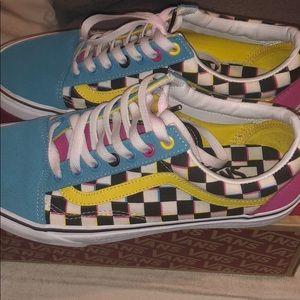 Retro Vans Old Skool Checkerboard Skate Shoe